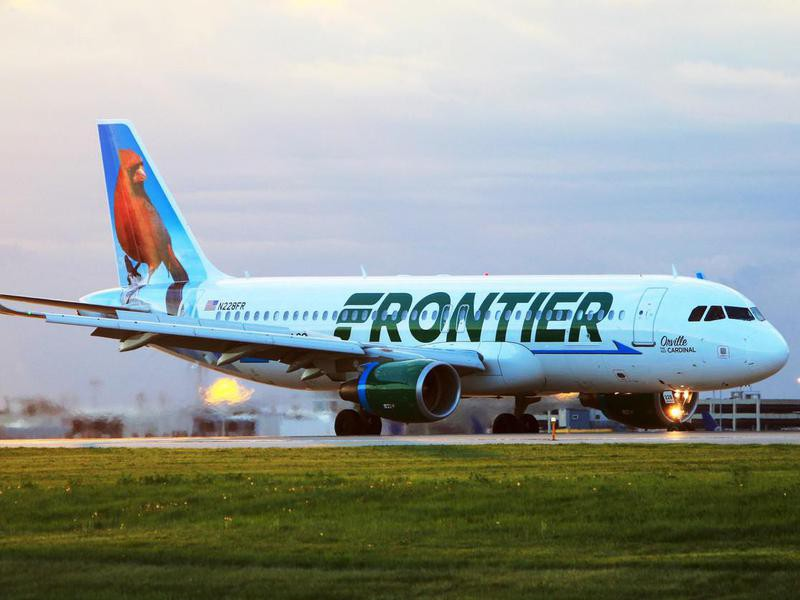 Frontier Airlines A320 at Cleveland Hopkins International Airport