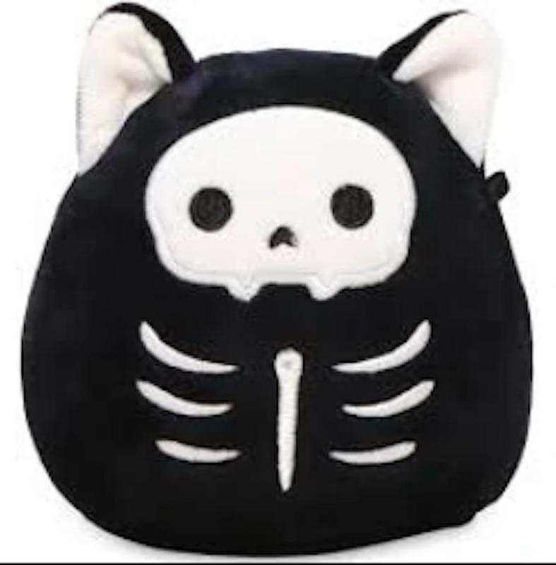 Skully the Skeleton Cat