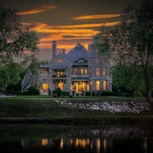 Real-Life Haunted Houses That Are Worth Millions
