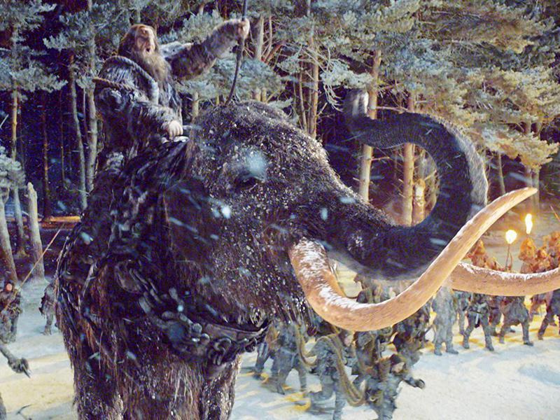 Battle mammoth