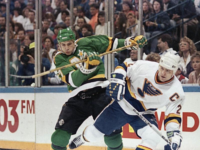 Scott Stevens with the St. Louis Blues