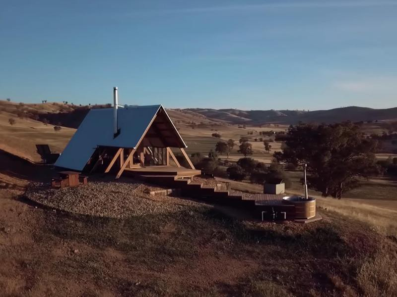 JR's Eco Hut