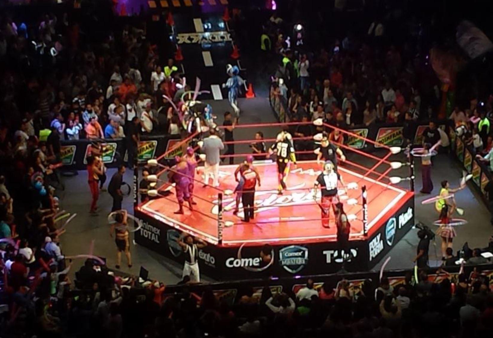 Los Villanos vs. Los Psycho Circus