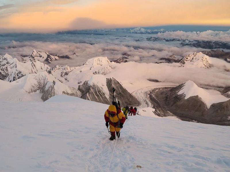 Climbers on Cho Oyu