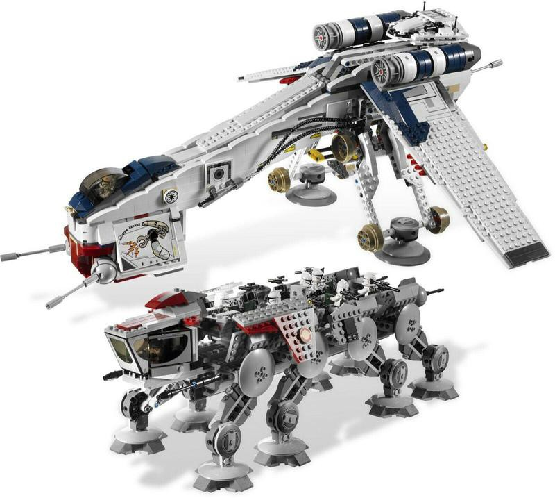 Lego set 10195