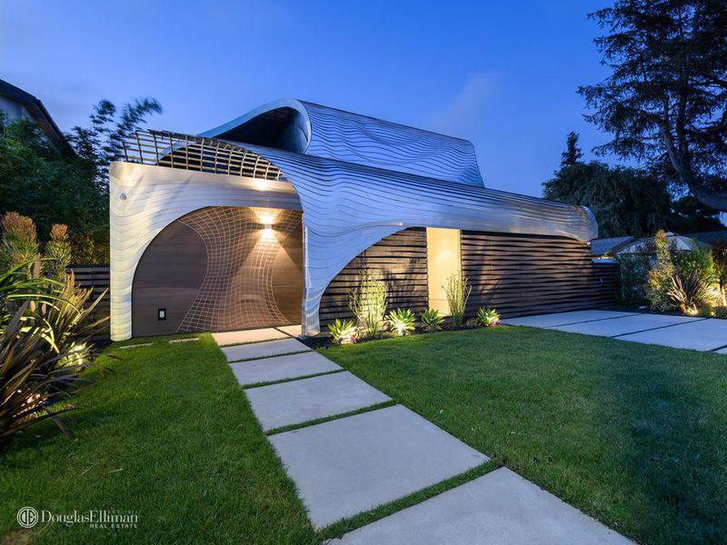 CGI house