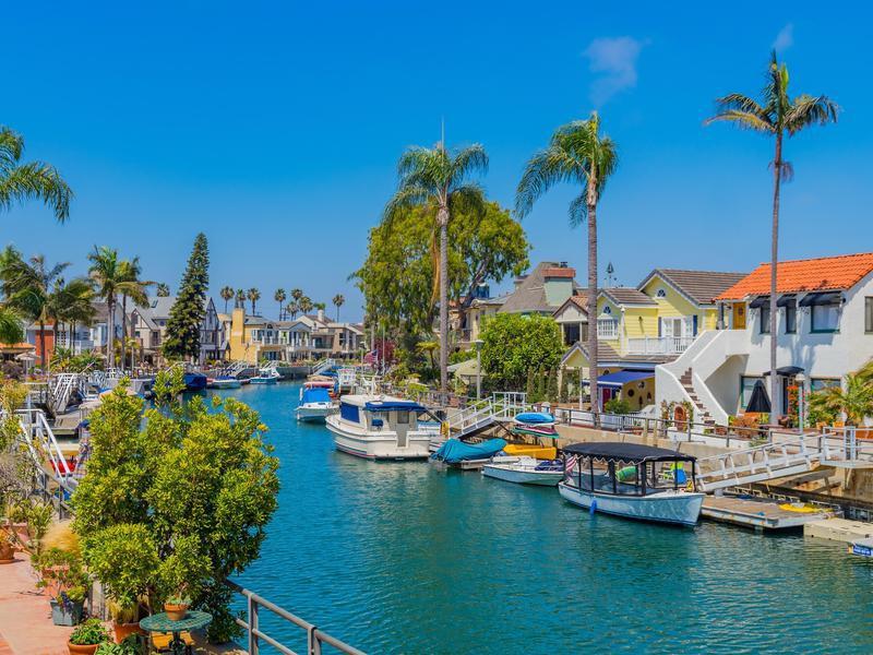 Naples beach houses on canal in Long Beach, California