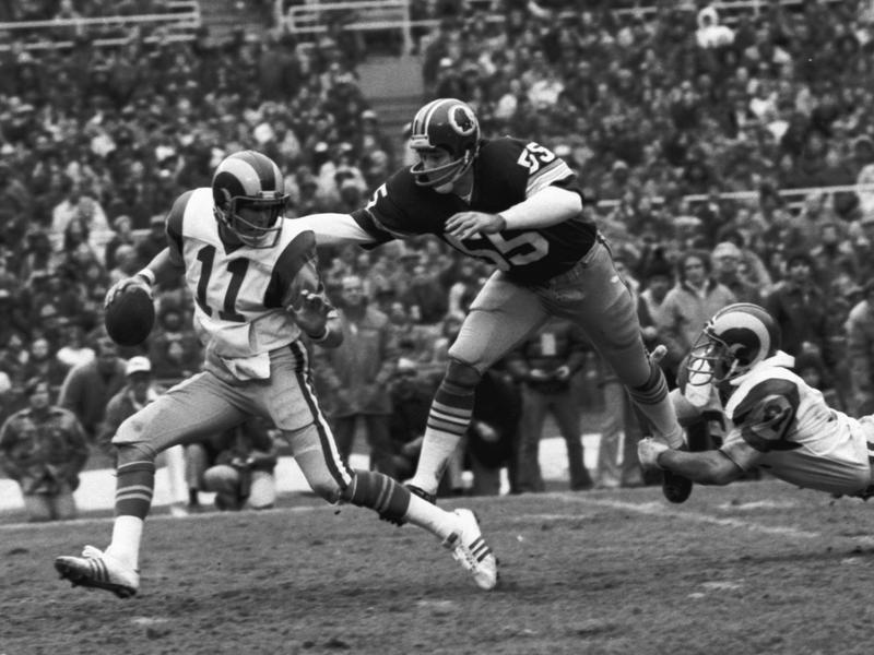Washington Redskins linebacker Chris Hanburger