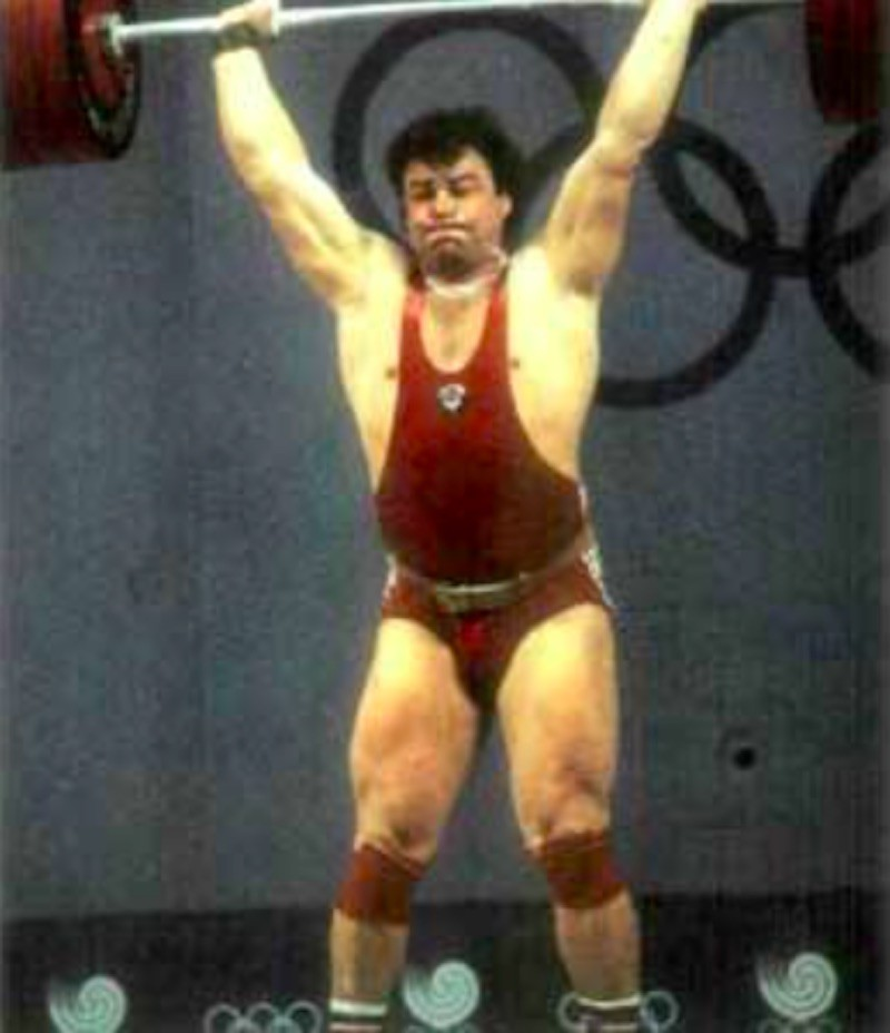 Aleksandr Kurlovich lifting