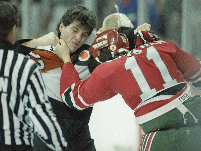 Philadelphia Flyers right wing Rick Tocchet