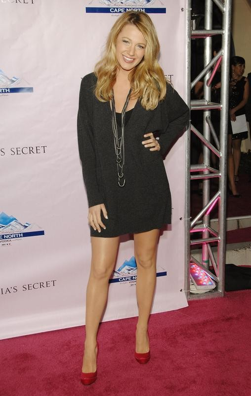Blake Lively style, posing at Victoria's Secret Super Bowl Party