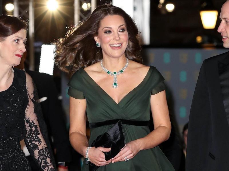 Kate Middleton's Full Emerald Set