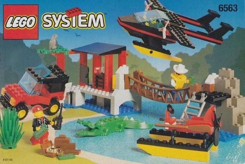 Lego Gator Landing Set