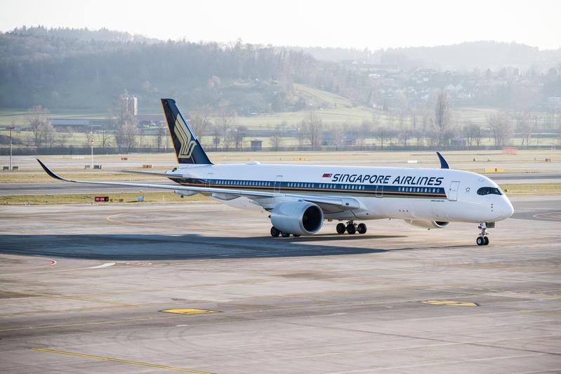 Singapore Airlines on the ground