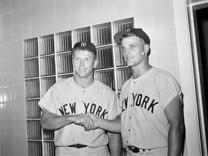 Roger Maris and Mickey Mantle pose