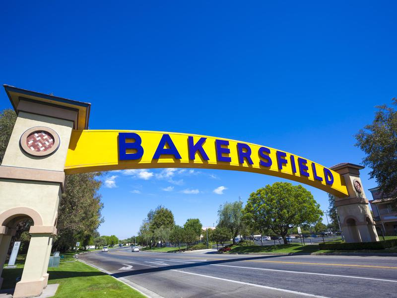 In Bakersfield, California you'll find high-paying jobs in aerospace and mining. Refining and manufacturing are also big contributors to its economy.