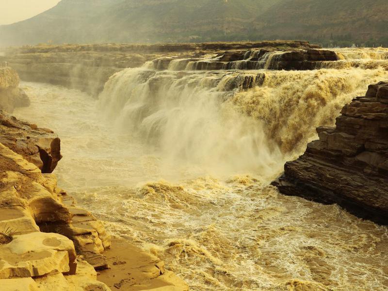 River Huang He, Hukou Falls in China