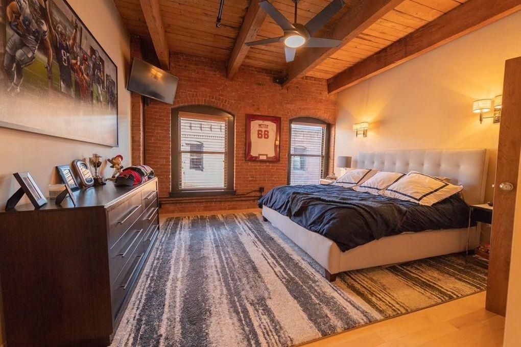 Gronk's bedroom