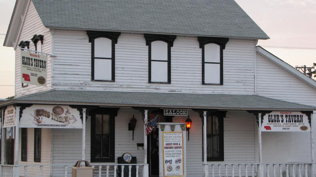 Glur's Tavern