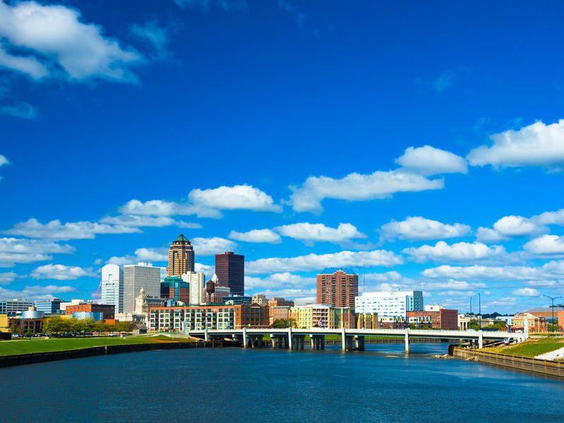 Des Moines skyline in Iowa