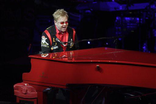 Elton John performing in 2009