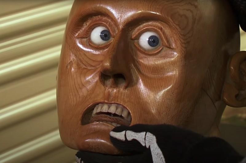 Wooden head statue