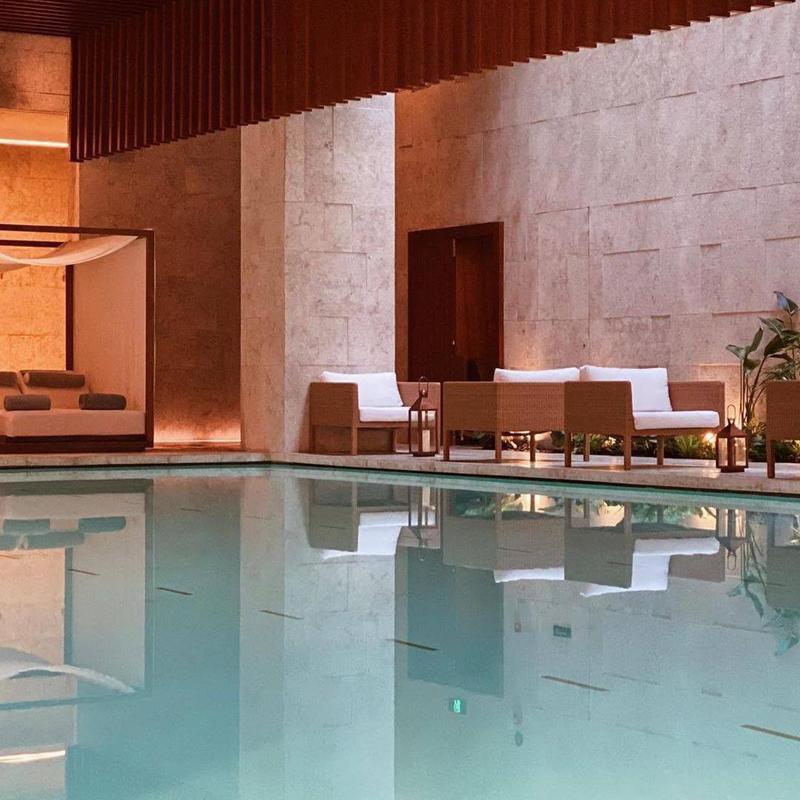 Chic Hotel Indoor in Shanghai