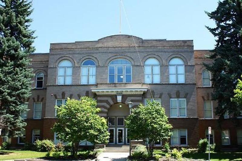 Hellgate High School in Montana