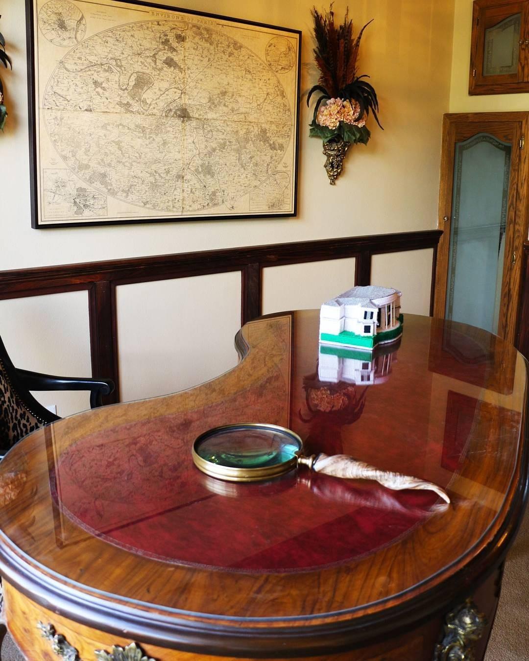 Wayne Newton's office