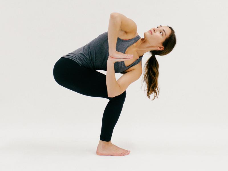 Prayer Twist - 10 Minutes of Yoga to Jumpstart Your Work Day