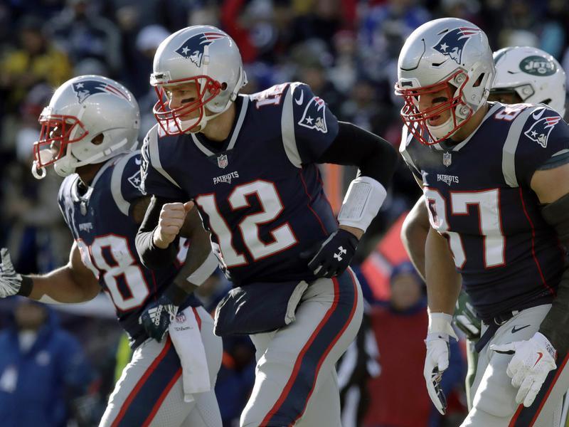 Tom Brady, James White, Rob Gronkowski