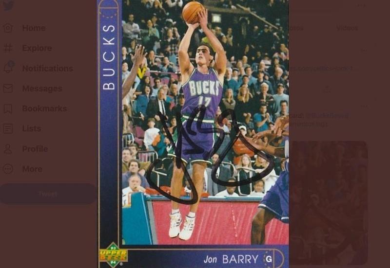 Jon Barry of the Milwaukee Bucks going up for shot