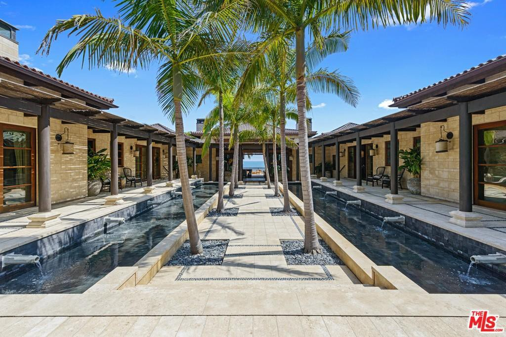 Bali-inspired house in Mallibu