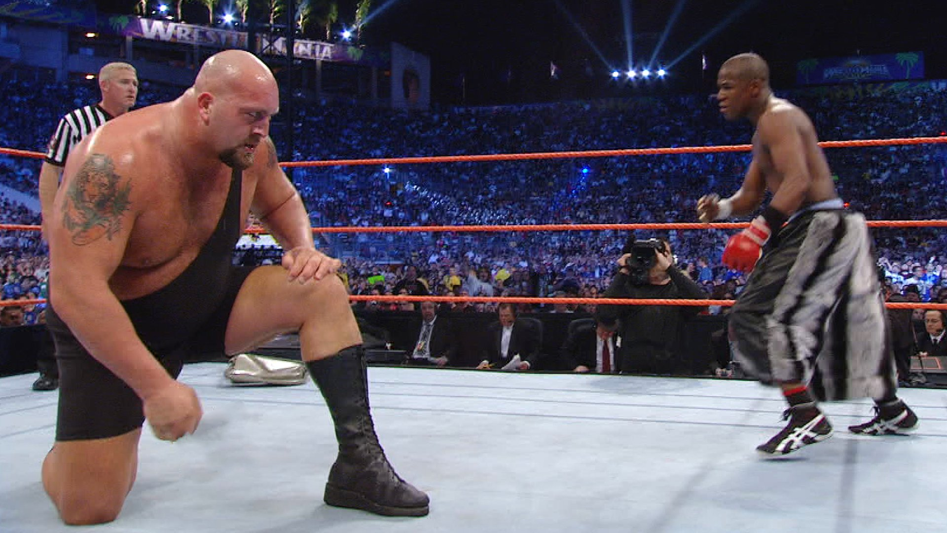 The Big Show and Floyd Mayweather