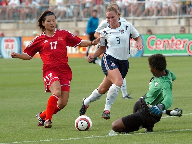 USWNT defender Christie Pearce