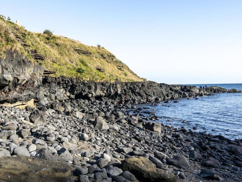 Geommeolle Beach