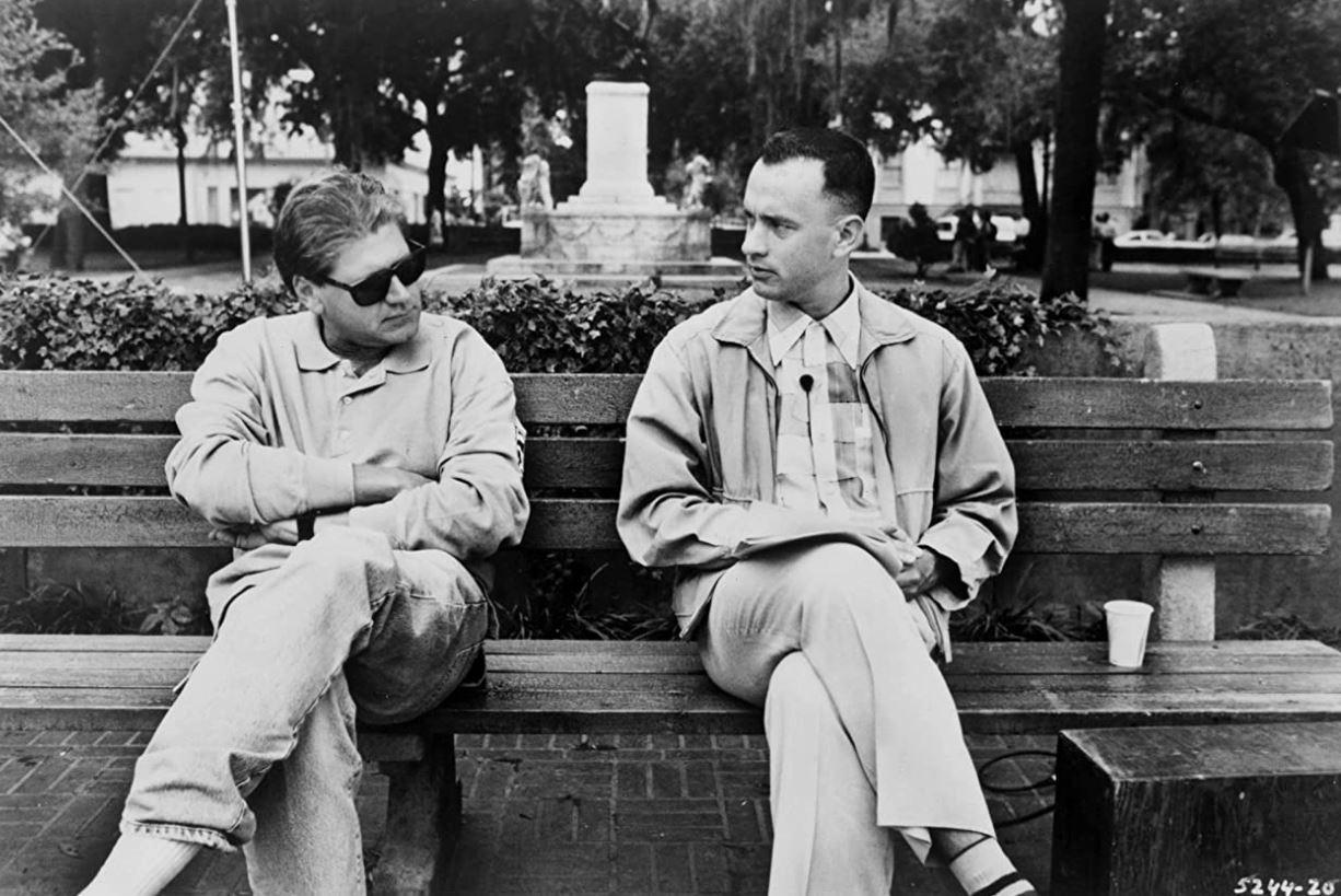 Tom Hanks and director Richard Zemckis talking while filming Forrest Gump