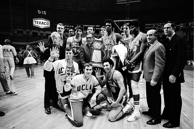 John Wooden and 1970-71 UCLA Bruins