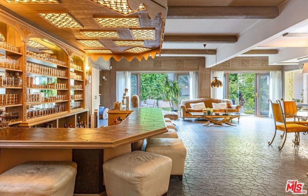 Extravagant home bar
