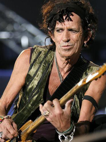Keith Richards playing in Romania during the 'A Bigger Bang' tour in 2007
