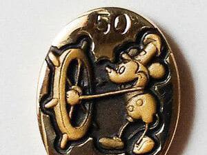 Rare Mickey pin