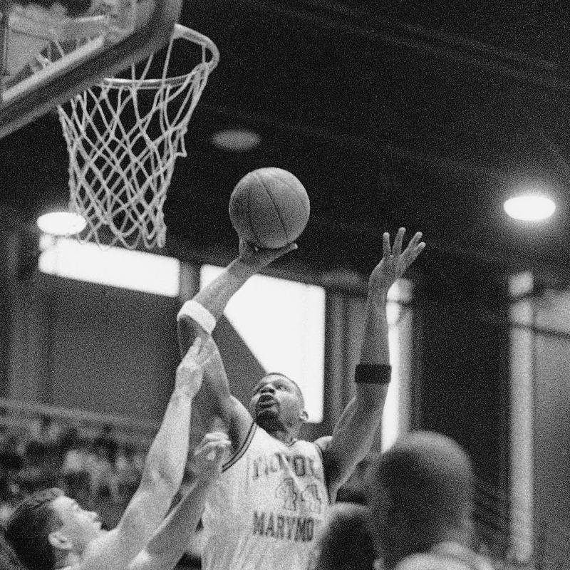 Hank Gathers in 1990