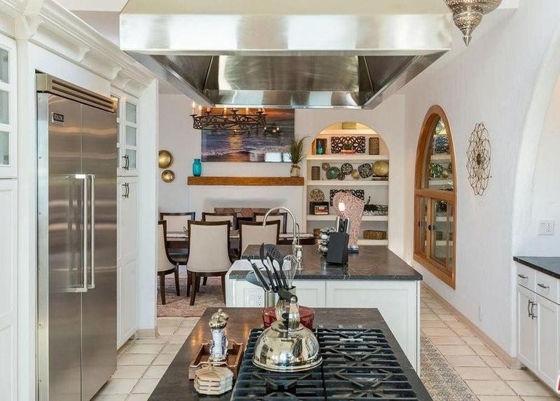 Kitchen of Pierce Brosnan's old Malibu house
