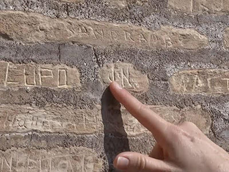 Colosseum vandalized