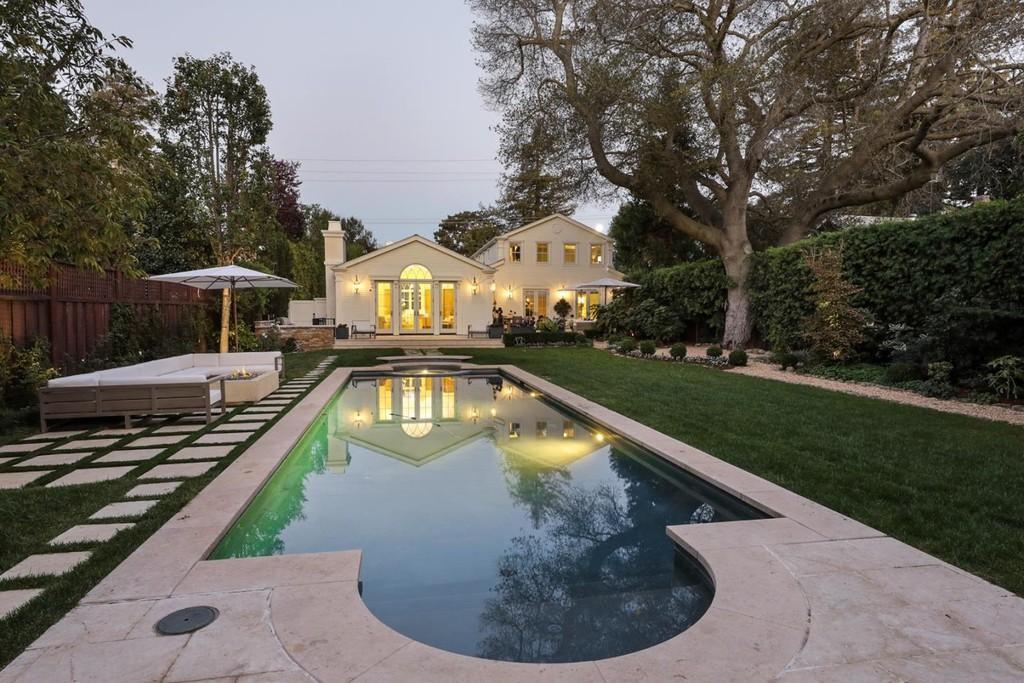 Mansion in Los Altos Hills