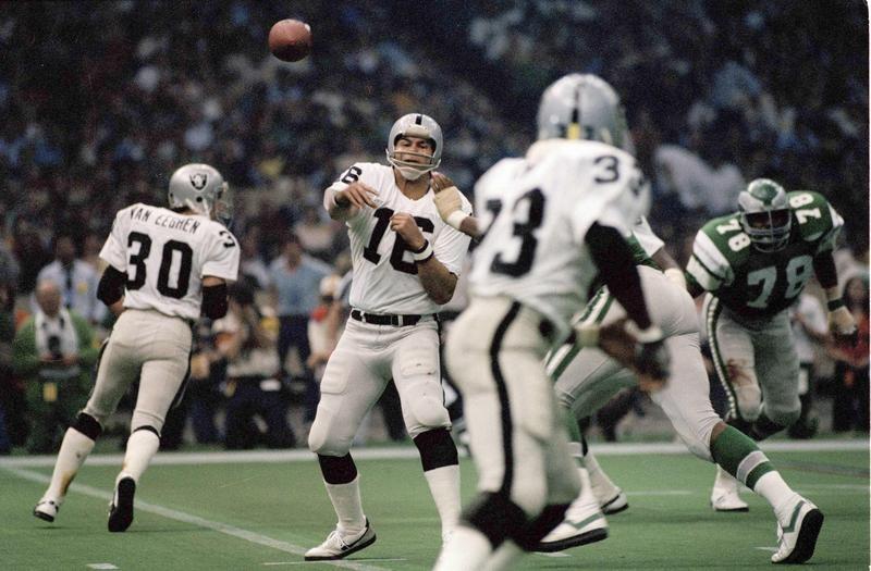 Jim Plunkett in Super Bowl XV