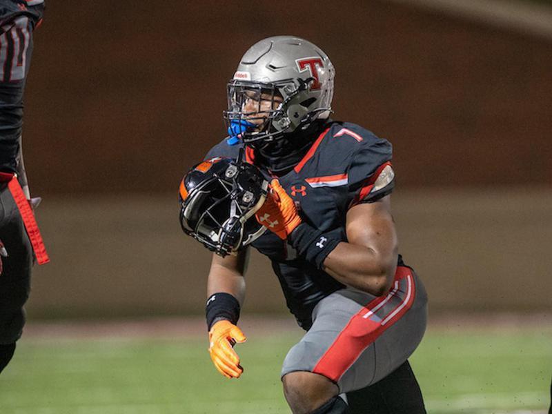 Thompson High linebacker Jeremiah Alexander