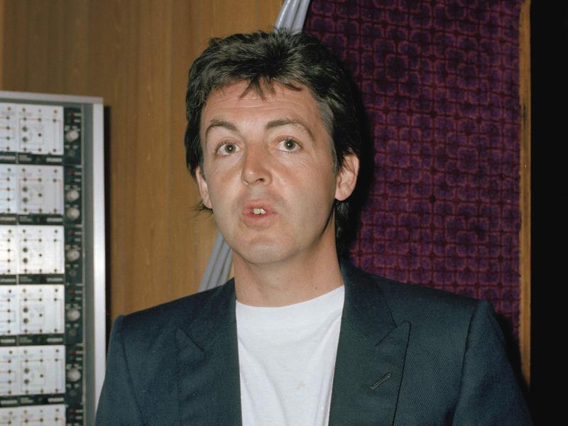 McCartney wonderful christmastime