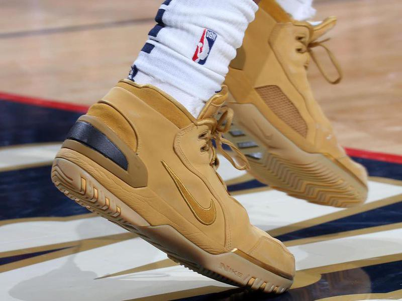 "Nike LeBron 1 Air Zoom Generation ""Wheat"""