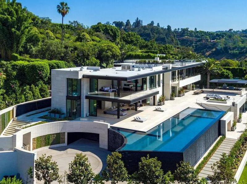 Mansion in Bel-Air